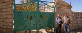 Реконструкция Бухарского Еврейского Кладбища 2015 год – Новые Ворота, Установление Светильников